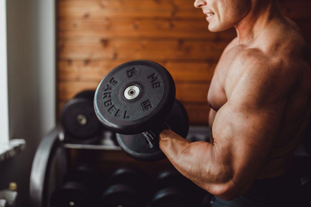 Trenbolone Enanthate-injecties voor bodybuilding en verjonging